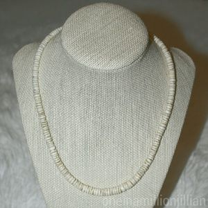Accessories - Vintage Unisex Puka Shell Necklace